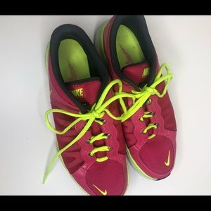 Nike Shoes - 🔥🔥Pink and Green Nike Shoes🔥🔥